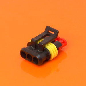 AMP Superseal 1.5 Series 3 Way Male Housing 282087-1