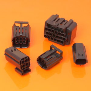 Econoseal .070 Series Connector Housings & Anti Backouts